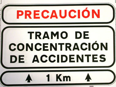 PRECAUCIÓN tramo de concentración de accidentes